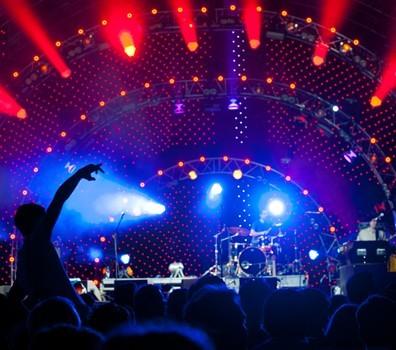 الحفلات الموسيقية الحية